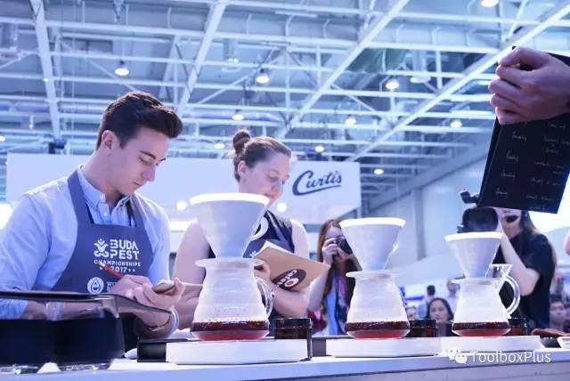 记录:WBC王策世界手冲咖啡冲煮比赛原文介绍自述台词和中文翻译