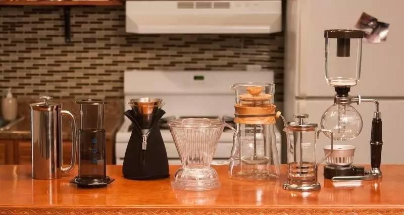 当初你说咖啡不烧钱,现在全家怀疑我吸毒