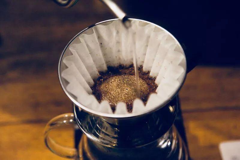 日常冲煮 | 冲咖啡要用什么水流?