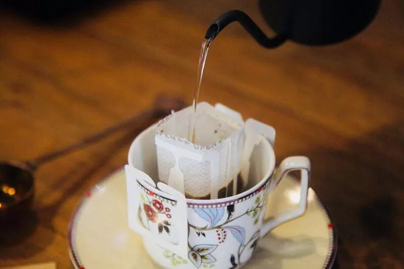 干货 | 新手冷泡挂耳咖啡秘籍,三分钟变身泡咖啡高手